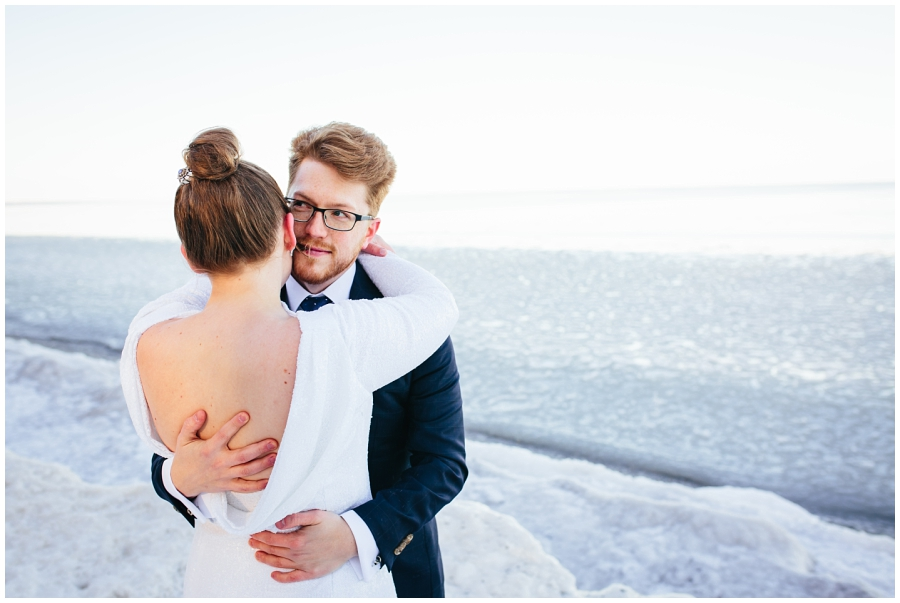 Wedding Photographers in Milwaukee WI_0900.jpg