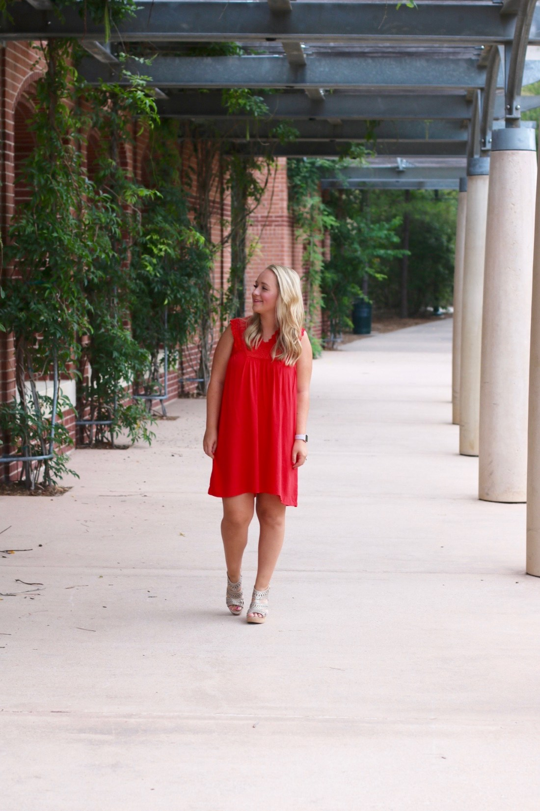 Red Summer Dress #sundress #reddress #theimpeccablepig