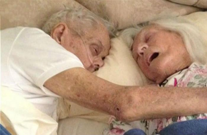 The Toczkos were married for 75 years and died in each other