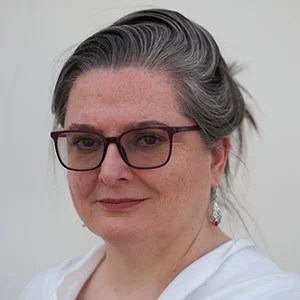 Dr Maureen Glackin