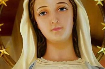 7 Powerful Prayers for Mary's Intercession