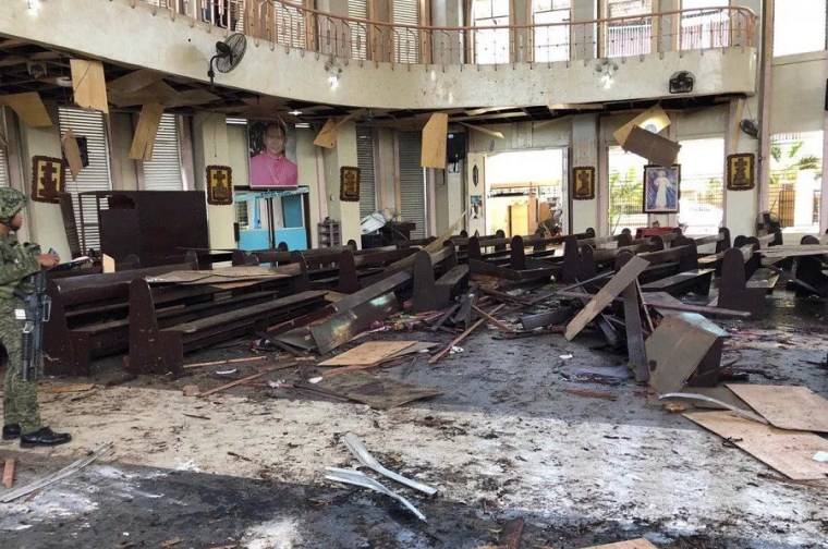 Twenty killed in explosions during Mass in Philippines ...