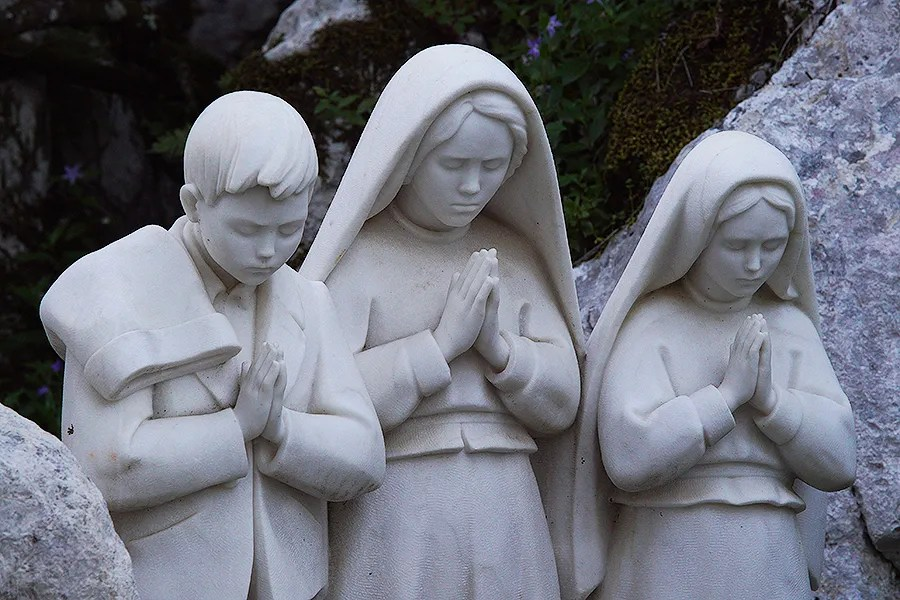Monument of the Guardian Angel of Portugal apparition to the three little shepherd children of Fatima. Credit: Daniel Ibanez / CNA.