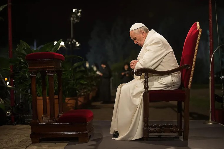 Pope Francis Letter To Dying Girl Read Aloud At Her Funeral