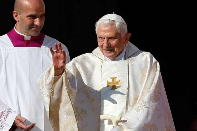 Retire Pope Benedict XVI