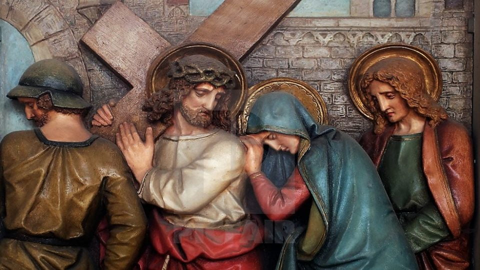 Way of the Cross 4: JESUS IS MET BY HIS BLESSED MOTHER