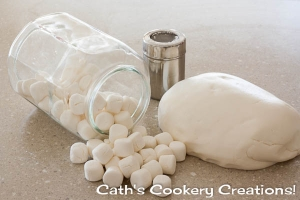 Marshmallow Fondant from Cath's Cookery Creations!