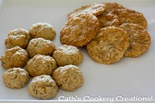 ANZAC Biscuits (Two Ways) from Cath's Cookery Creations! | www.cathscookerycreations.com