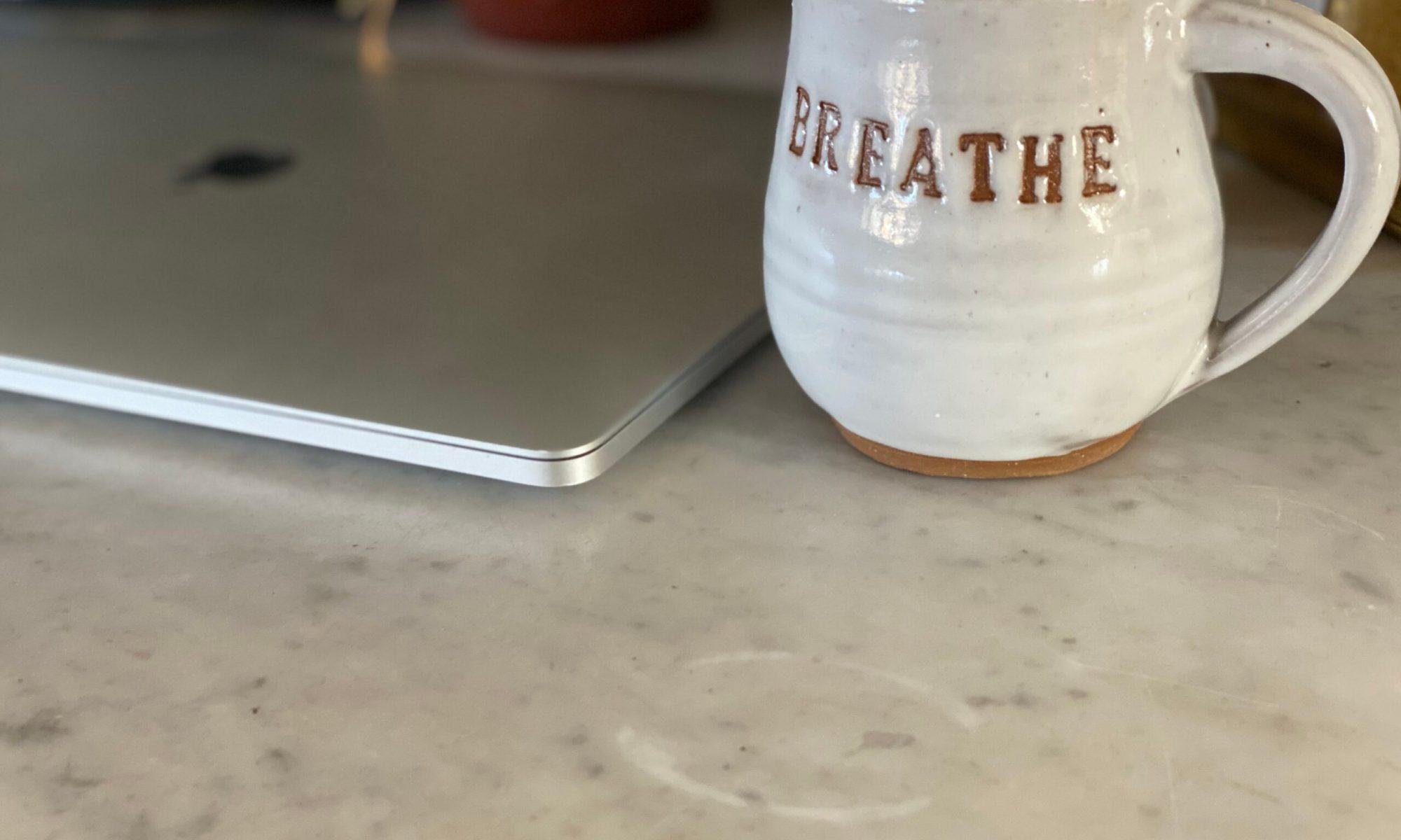 Computer & Breathe coffee mug