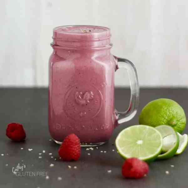 Cherry Berry Smoothie with raspberries and lime