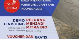 Ikuti Demo Finishing Cat Kayu Water Based Di JIFFINA 2018