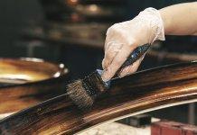 10 Cara Finishing Kayu Natural dari Tradisional hingga Modern