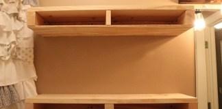 Kreasi Membuat Rak Dinding kamar Mandi dari Kayu Bekas