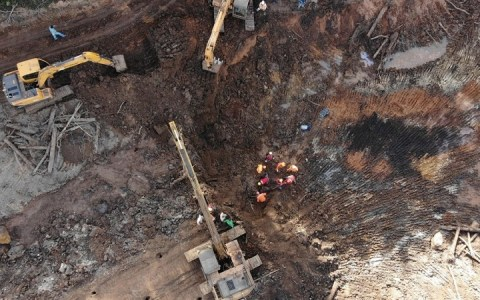 brumadinho corpo intacto e encontrado oito metros de profundidade