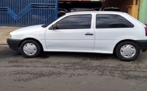 homem tem taxi roubado por criminosos depois pegar corrida para brejo do cruz