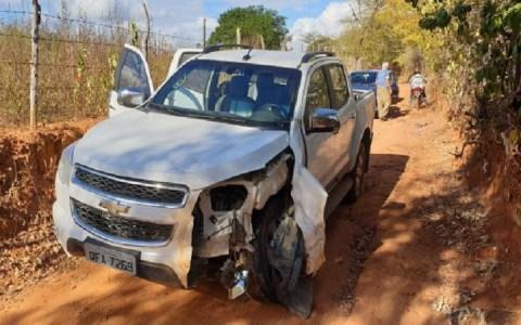 policia militar de catole do rocha recupera caminhonete roubada em brejo dos santos
