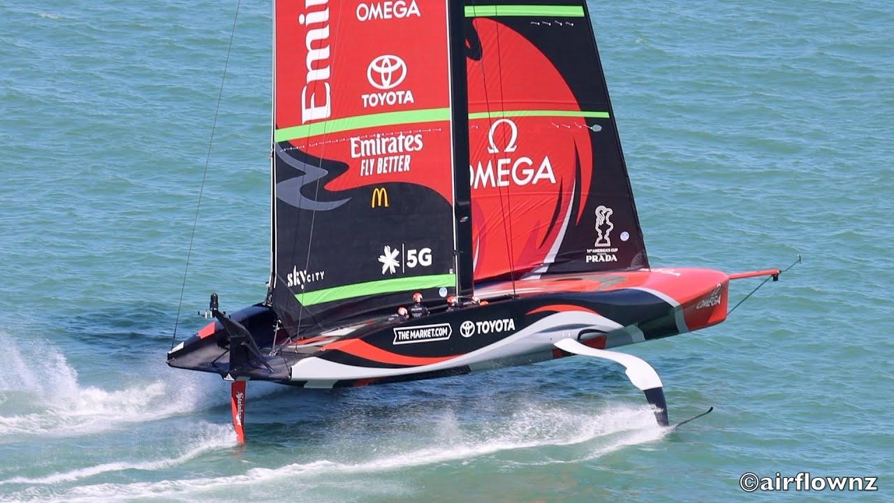 tnz-ac75-te-rehutai-first-sail-b.jpg?fit