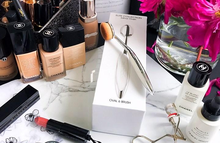 Trend Alert   Artis Oval Makeup Brushes