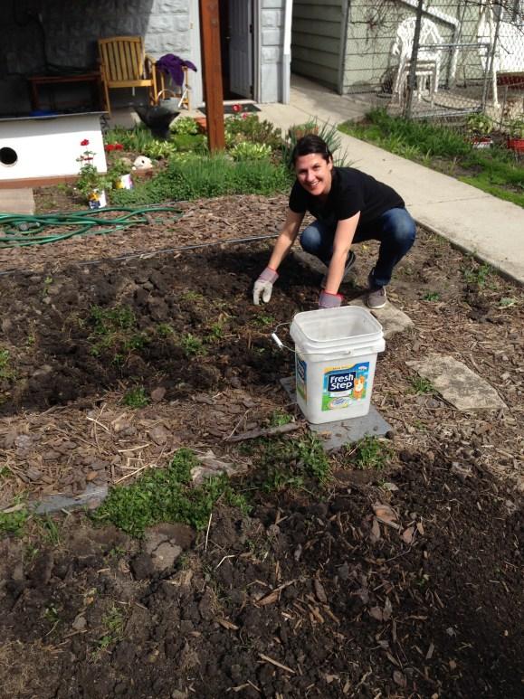 Vanessa digging