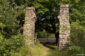 Becker Hollow Trail Stone Arch