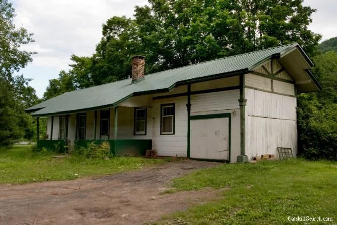 Hunter Railroad Station