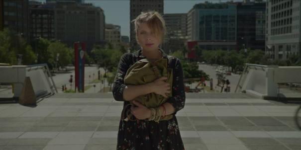 Nina dans le clip Jimmy