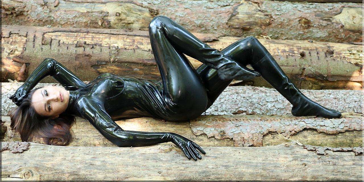 Rita in schwarz