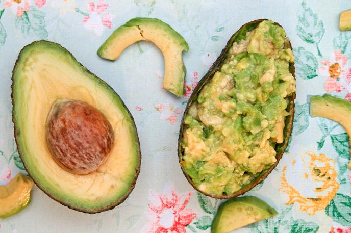 Vegane Gesichtsmaske Aus Avocado Selber Machen Diy Avocado Beauty Mask