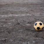 炎上事例 6)サッカー選手と7)県議会議員