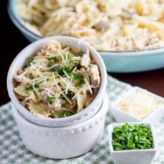 Chicken Farfalle with Mushrooms