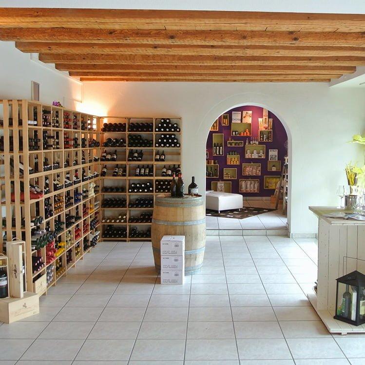 Vinothek - Mike's Weinloft - CaveauStar Weinregale