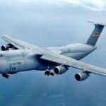 Aeronave Lockheed C-5M Super Galaxy condecorada por recorde mundial