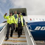 Pilotos da All Nippon Airways voam no Boeing 787 Dreamliner