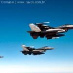 IMAGENS: Voo no KC-135 da USAF durante REVO de caças F-16 na Cruzex
