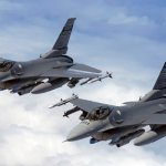 Primeiro destacamento de F-16 da Air National Guard utiliza Sniper pods em operações de combate