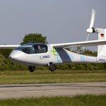 Aeronave elétrica eGenius voa pela primeira vez