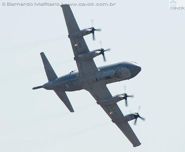 A aeronave de patrulha marítima CP-140 Aurora. (Foto: Bernardo Malfitano / Cavok)