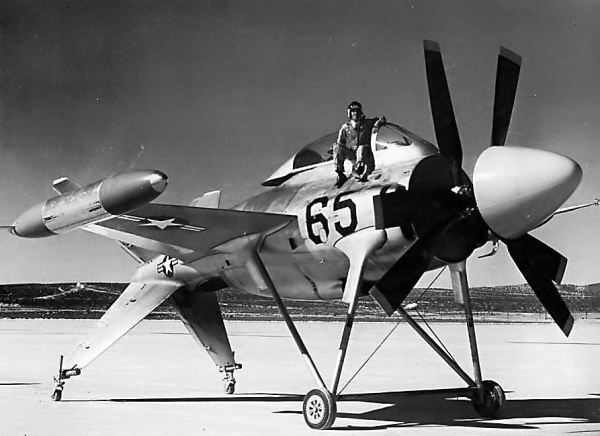 Lockheed XFV-1 vertical raiser #03