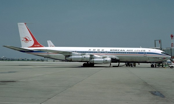 Boeing 707 da Korean Airlines (semelhante ao do evento ocorrido em 1978)