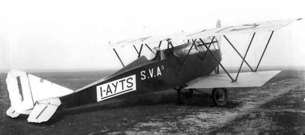 ANSALDO S.V.A5 (1917). Foi o melhor avião de reconhecimento e bombardeio leve da guerra. Foram produzidos 1.248 exemplares. Em fevereiro de 1919 um SVA5 foi de Roma a Tóquio (18.105 km) em 109 horas de voo.
