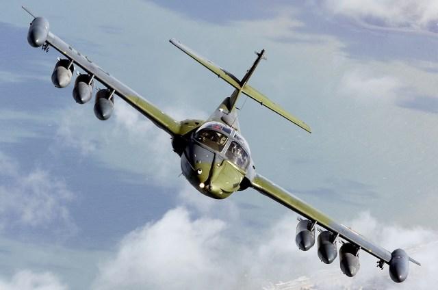 Uruguayan_Air_Force_Cessna_OA-37B_Dragonfly_(318E)