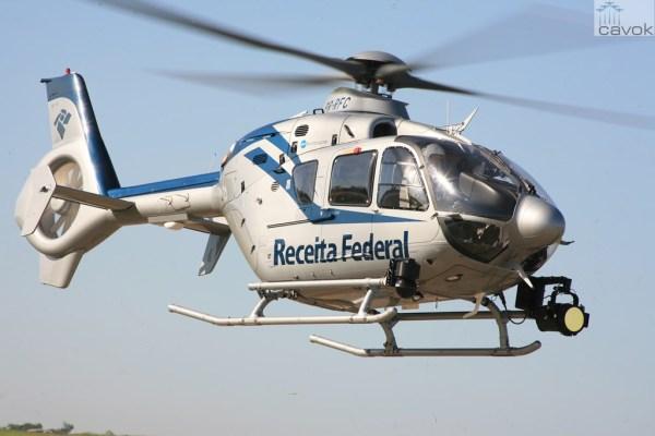 EC135 Receita Federal BR 600x400 - Receita Federal desloca helicóptero para missão em Foz do Iguaçu (PR)