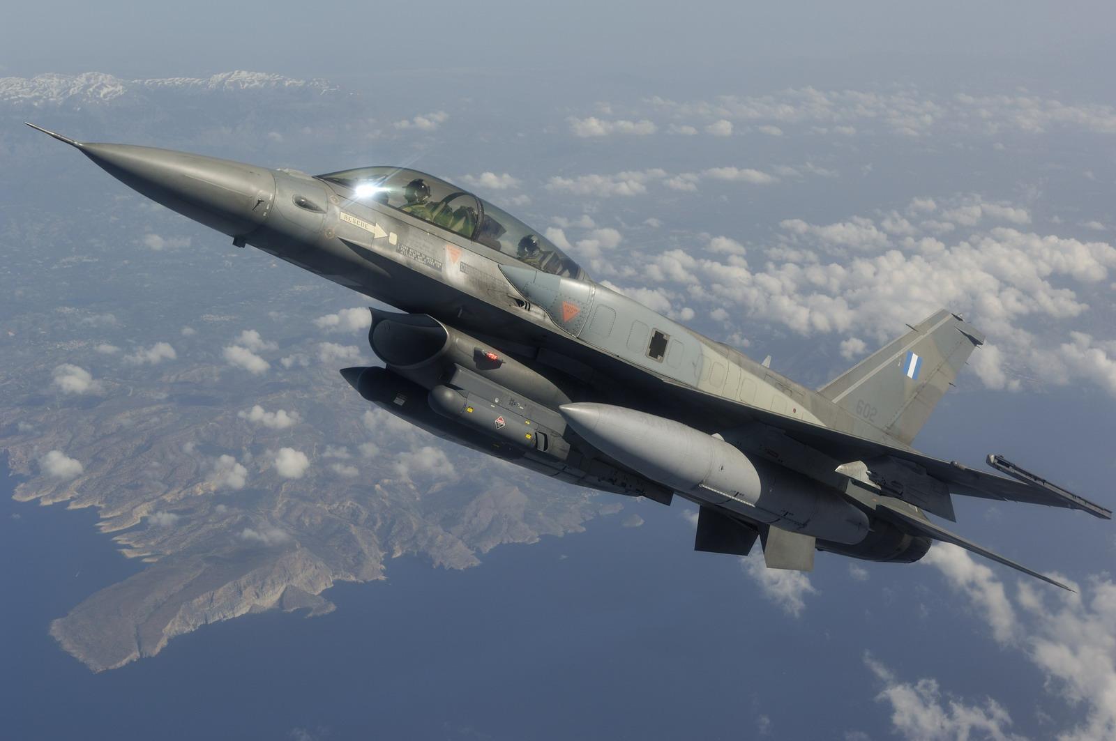 Hellenic Air Force F-16D Block 52_31