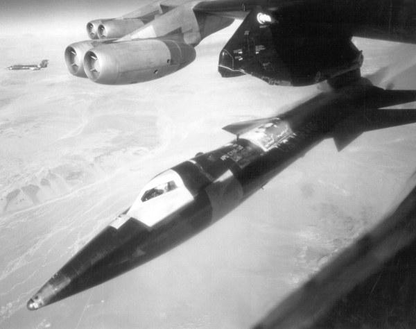 Liberação e ignição de foguete 1