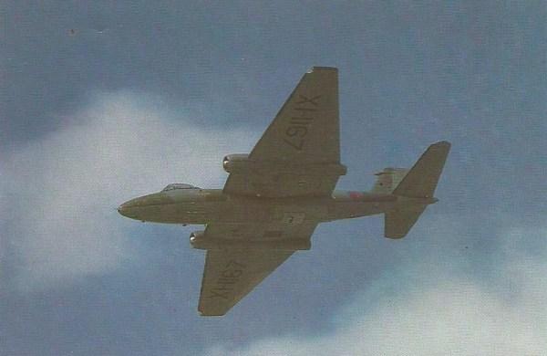 Aviões Canberra do Esquadrão 39, da base de Wyton, foram enviados para o Chile.