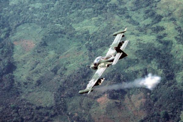 Os motores J85 viram muita ação no Sudeste Asiático e no Oriente Médio (Imagem: reddit.com)