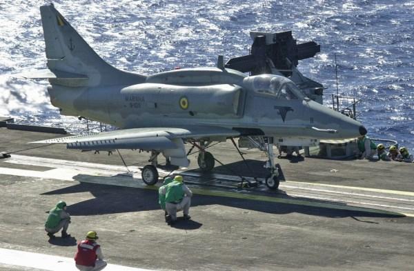 AF-1 Skyhawk - Marinha do Brasil