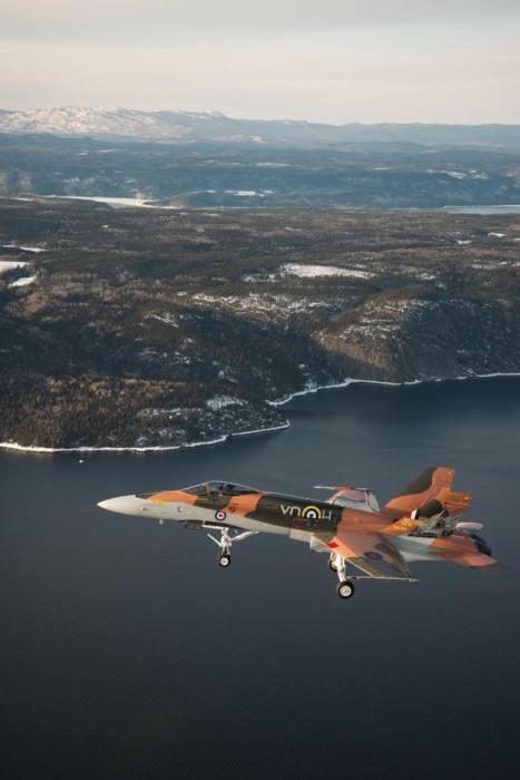 CF-18_pintura 75º aniversário batalha da grã-bretanha
