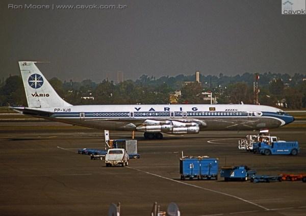 O 707-341C PP-VJS, visto aqui em Los Angeles em 1978, teve papel de destaque na expansão da empresa para o extremo oriente, realizando o voo especial com Costa e Silva em 1967 e inaugurando o voo para o Japão no ano seguinte. (Foto: Ron Moore)