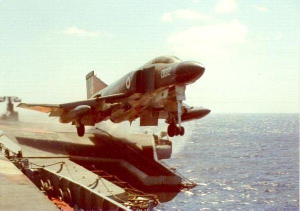 Phantom FG.1 (F-4K)